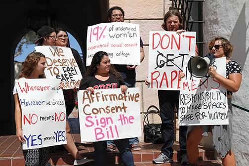 SDSU students advocate California yes means yes bill