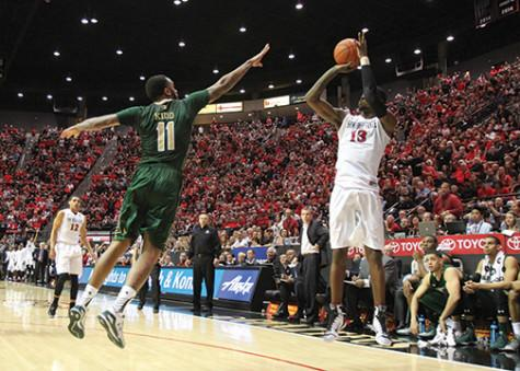 SDSU begins Mountain West trek with 67-55 victory over Wyoming
