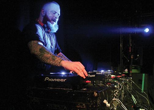 Kennedy Jones DJs