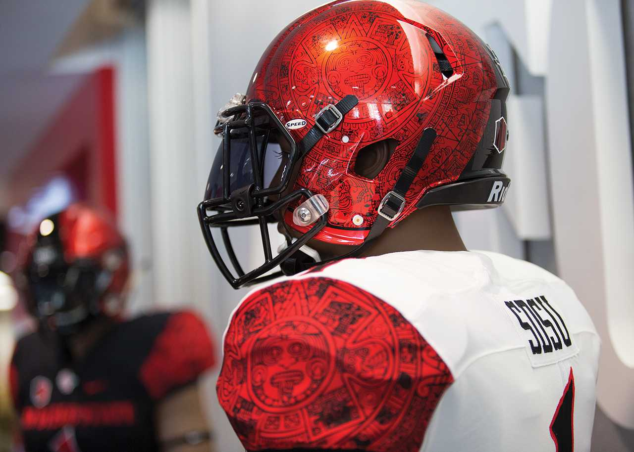 size 40 41552 f892f New jerseys give historic taste to SDSU football – The Daily ...