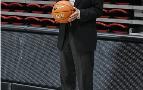 SDSU names Viejas Arena hardwood 'Steve Fisher Court'