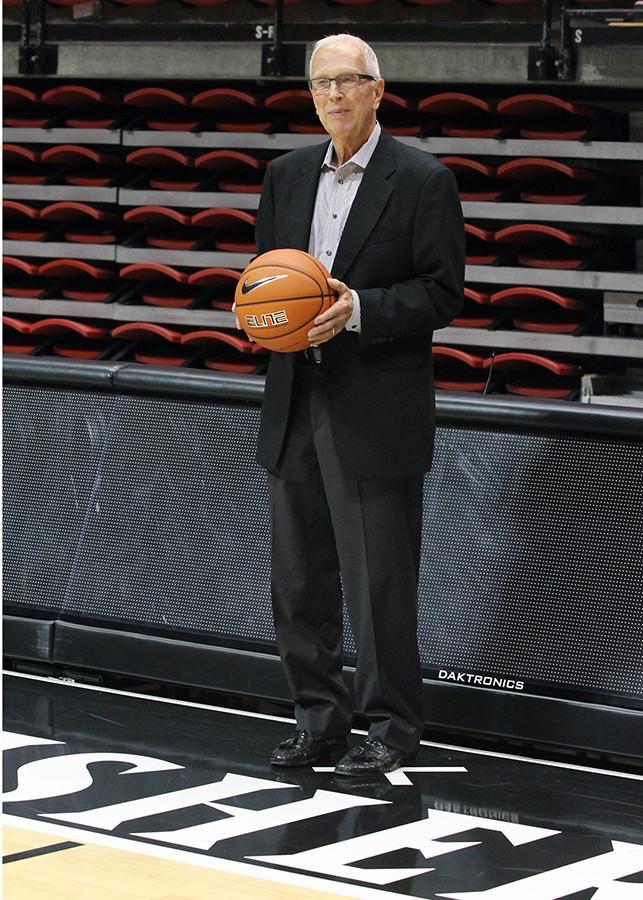 SDSU names Viejas Arena hardwood Steve Fisher Court
