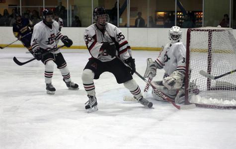 SDSU hockey loses 6-2 to UNLV