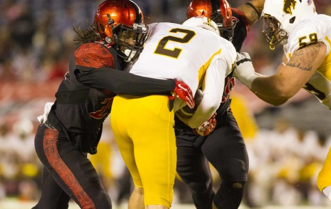 SDSU thumps Wyoming 38-3 on Homecoming night