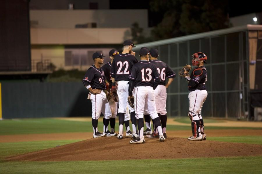 SDSU+baseball+downs+Cal+State+Fullerton+7-2%2C+splits+season+series+1-1
