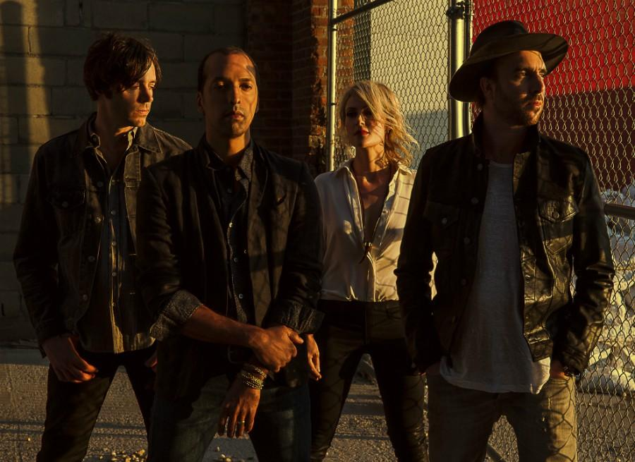 Metric+promises+extra+for+its+2-night+shows+at+the+House+of+Blues