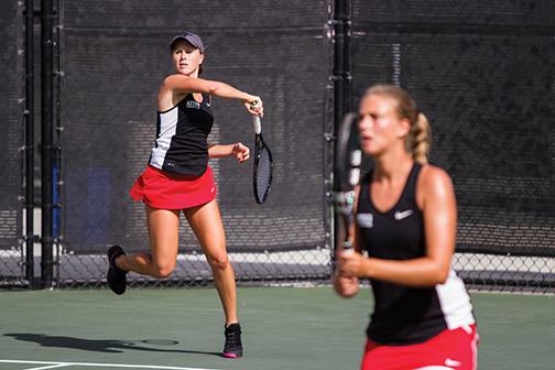 Women's tennis drops final home match of season to USD, 4-1