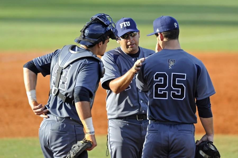 New pitching coach Peraza returns to SDSU baseball after 14 years away