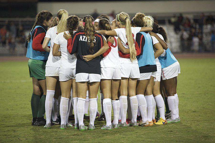 SDSU+women%27s+soccer+alumni+game%3A+Youth+prevails+over+familiar+faces