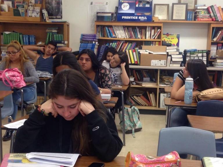 Los hispanos y la universidad: sueño de muchos, logro de pocos – The Daily  Aztec