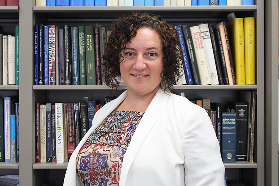 New religious studies professor uses field experiences in the classroom