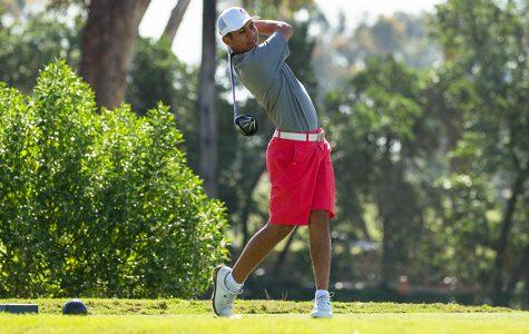 Men's golf bogeys in wet Santa Cruz