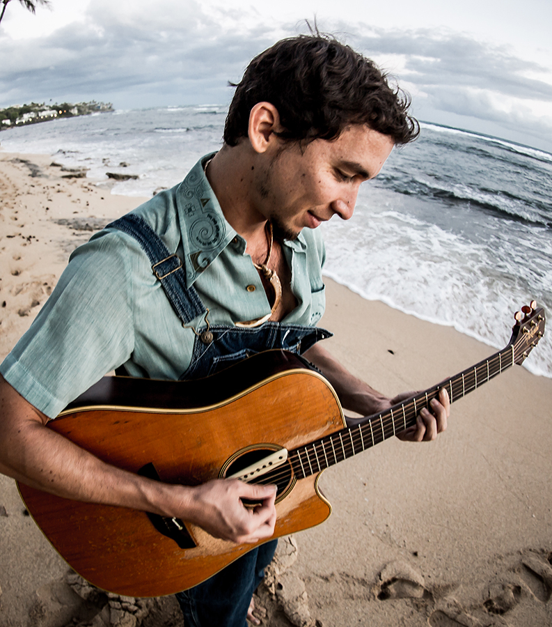 Slack+key+guitarist+Makana+is+set+to+bring+his+unique+style+to+San+Diego%27s+Belly+Up+on+Oct.+9.