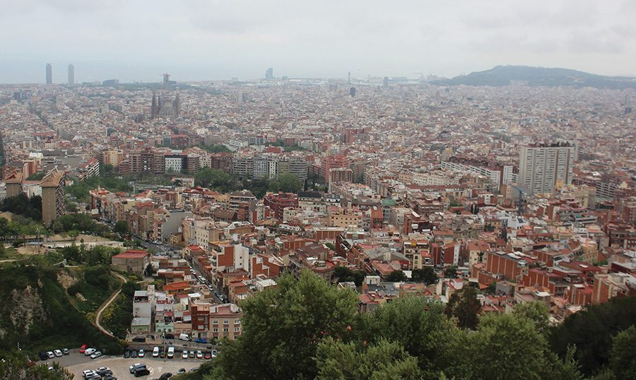 Barcelona+is+a+city+in+Catalonia.+It+is+the+most+popular+tourist+destination+in+this+region+due+to+its+distinct+culture%2C+architecture+and+soccer+team.+