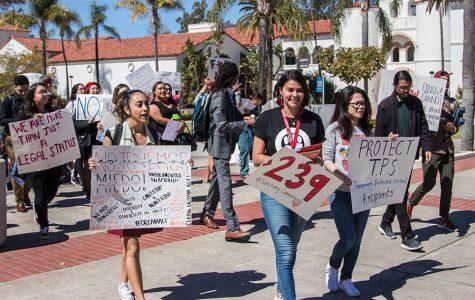 La falta de acción por parte del Congreso causa protestas defendiendo a DACA en San Diego