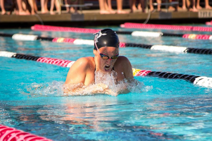 SDSU+senior+Rachael+Kelch+competes+during+a+dual+meet+against+Nevada+and+Washington+State+on+Sept.+21+at+the+Aztec+Aquaplex.