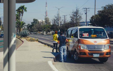 El método de transporte mas común para estudiantes en Tijuana son los taxis.