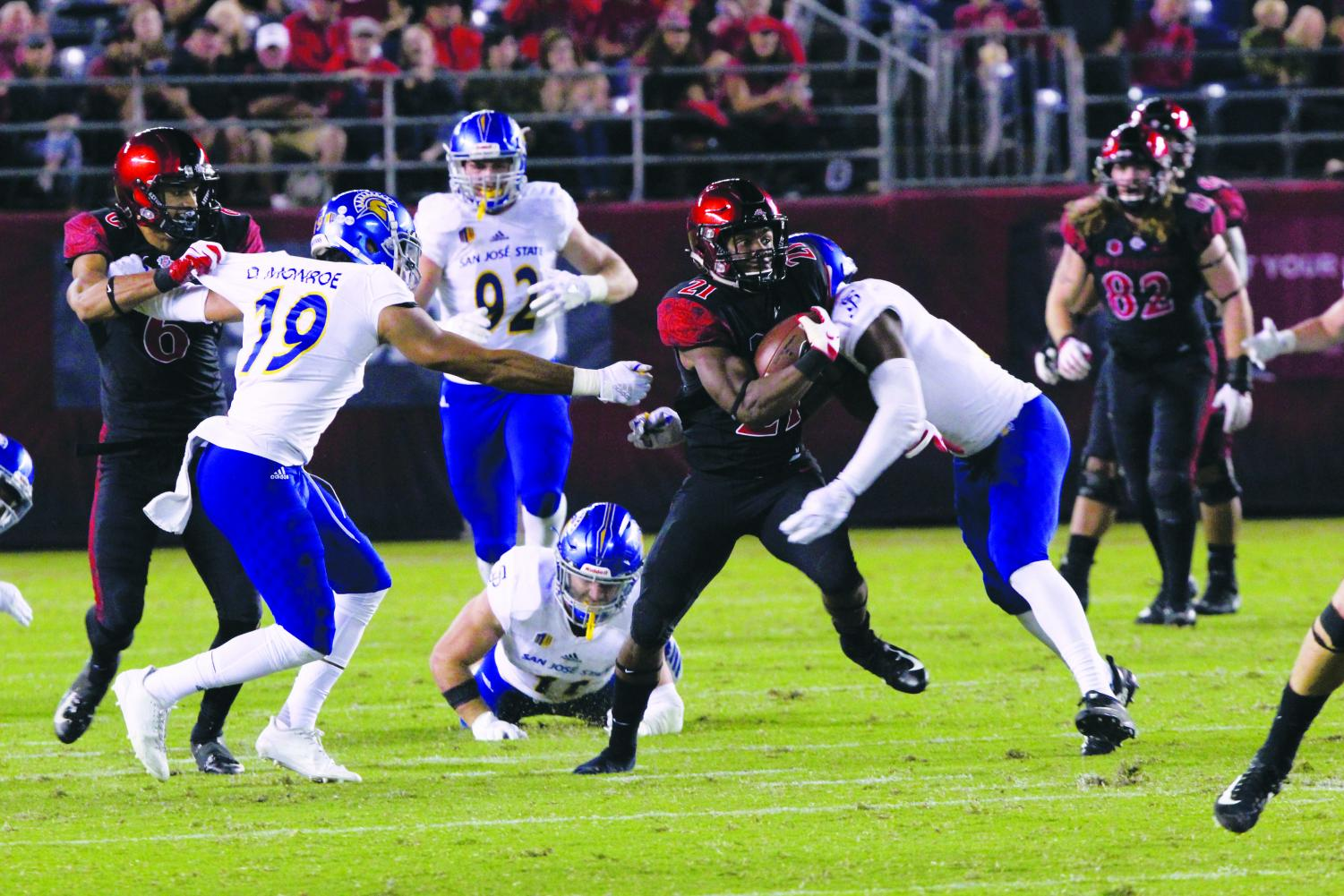 Redshirt freshman Chance Bell runs the ball during the Aztecs' 16-13 win over San Jose State at SDCCU Stadium on Oct. 20.