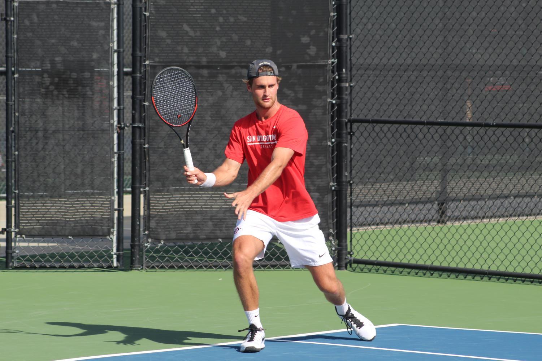 Men's tennis defeats UC Irvine 4-3 after falling behind ...