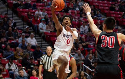 Aztecs need second-half comeback during 65-60 victory over CSUN