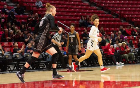 Women's basketball advances to Mountain West Conference semis with overtime victory against New Mexico