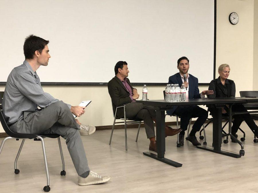Presentaciones de los panelistas en SDSU.