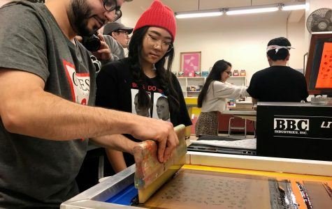 Students screen print with puppies and pizza