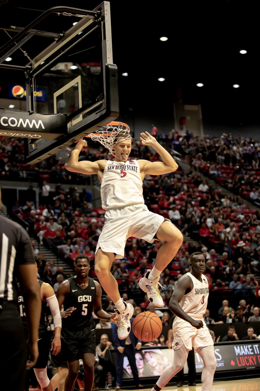 Senior forward Yanni Wetzell finishes a dunk in the Aztecs' 86-61 win over Grand Canyon University at Nov. 13 at Viejas Arena.