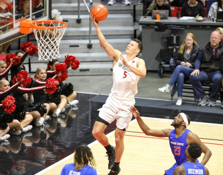 Senior forward Yanni Wetzell lays the ball in during the Aztecs 83-65 win over Boise State.