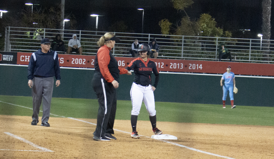 Senior+left+fielder+Kristen+Parker+reaches+third+base+during+the+Aztecs%27+8-1+win+over+Loyola+Marymount+on+Feb.+18+at+SDSU+Softball+Stadium.+Parker+ended+the+game+with+a+double+and+two+RBIs.