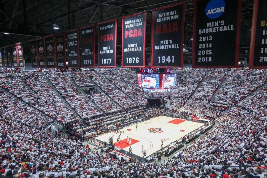 Viejas Arena was sold out during a Feb. 1 game against Utah State in which Kawhi Leonard had his jersey retired at halftime.