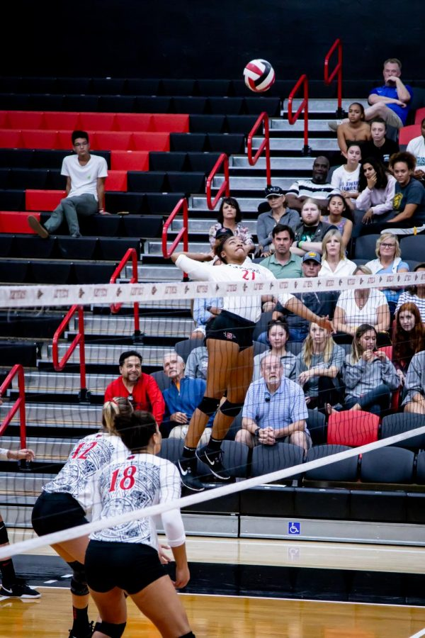 San Diego State volleyball then-sophomore outside hitter Victoria OSullivan elevates to spike the ball during the Aztecs 3-2 win over San Jose State on Sept. 26, 2019 at Peterson Gym.