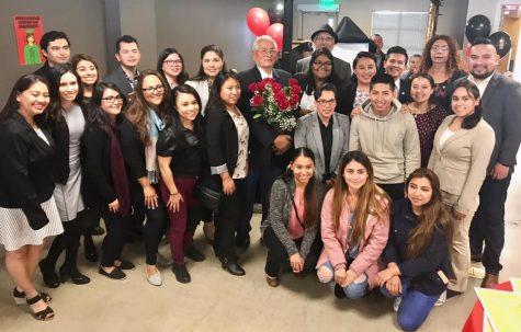 El Centro de Recursos para Indocumentados se abrió en 2 de mayo de 2017 en la Universidad Estatal de San Diego. Aún asi, algunos grupos han luchado por la necesidad de más recursos para los estudiantes indocumentados.