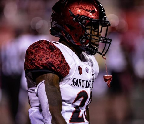 Then-sophomore cornerback Darren Hall looks on towards the field during the Aztecs