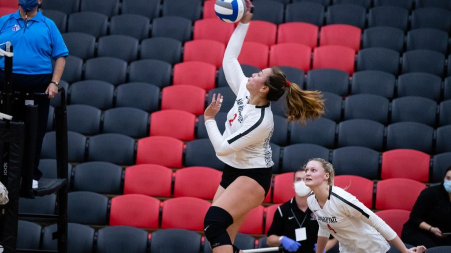 San+Diego+State+volleyball+freshman+outside+hitter+Heipua+Tautua%27a+spikes+the+ball+during+the+Aztecs%27+3-1+loss+to+Fresno+State+on+Feb.+12+at+Peterson+Gym.