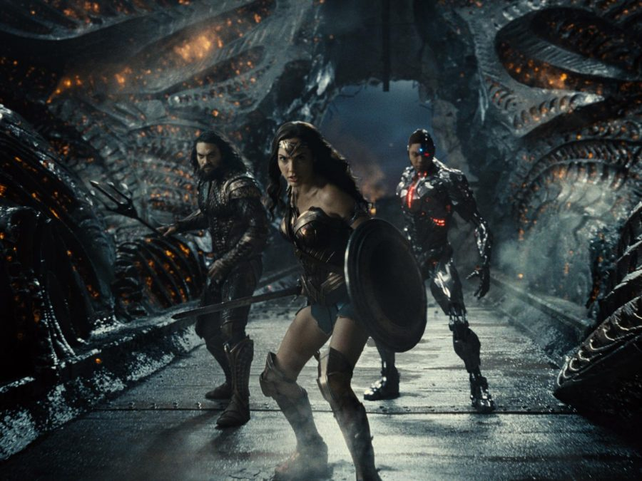 Wonder Woman (Gal Gadot), Aquaman (Jason Momoa) and Cyborg (Ray Fisher) pose in Zack Snyder's