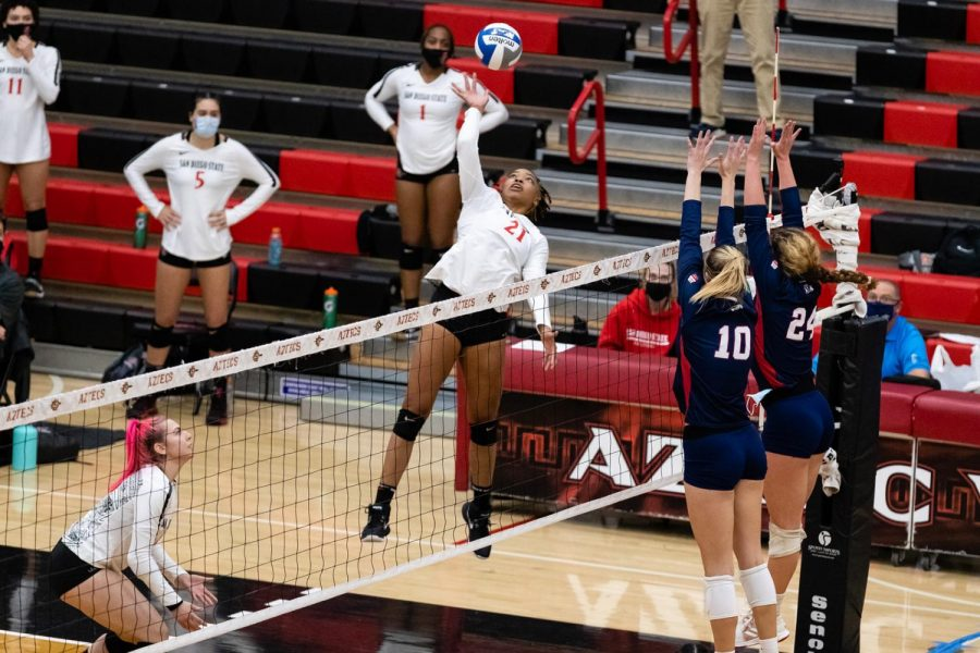 San Diego State volleyball junior outside hitter Victoria O'Sullivan during the Aztecs' 3-1 loss to Fresno State on Feb. 12, 2021 at Peterson Gym.