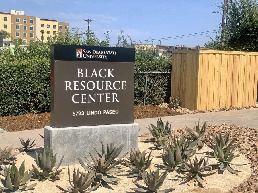 Afuera+del+Black+Resource+Center+en+las+afueras+del+campus+de+SDSU.