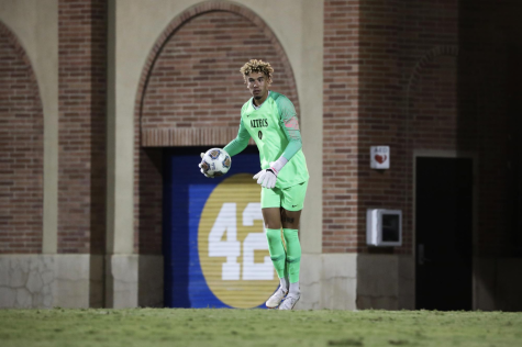 Senior goalkeeper Jacob Castro prepares to pass the ball against UCLA (Courtesy of Eric Hurd/UCLA Athletics).