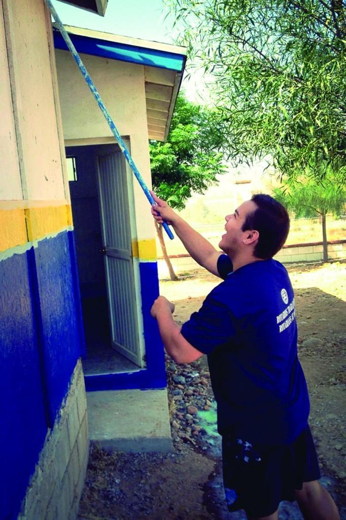 SDSU repara una escuela en Tecate